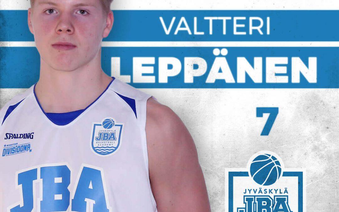 Valtteri Leppänen jatkaa JBA:n takakentällä