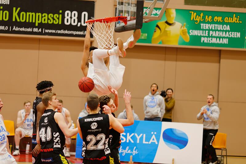 Lahti Basketball vs. JBA – Ystävyyden Kupoliteltta