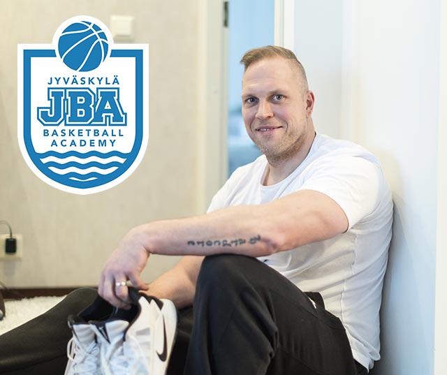 JBA:n Toni Nyman aloittaa Valmentajan Ammattitutkinnon suorittamisen